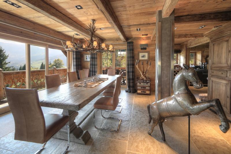 Voir le détail MEGEVE Villa 10 pièces, 4 chambres
